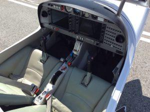 Cockpit of Galvin Flying's Diamond Star DA40